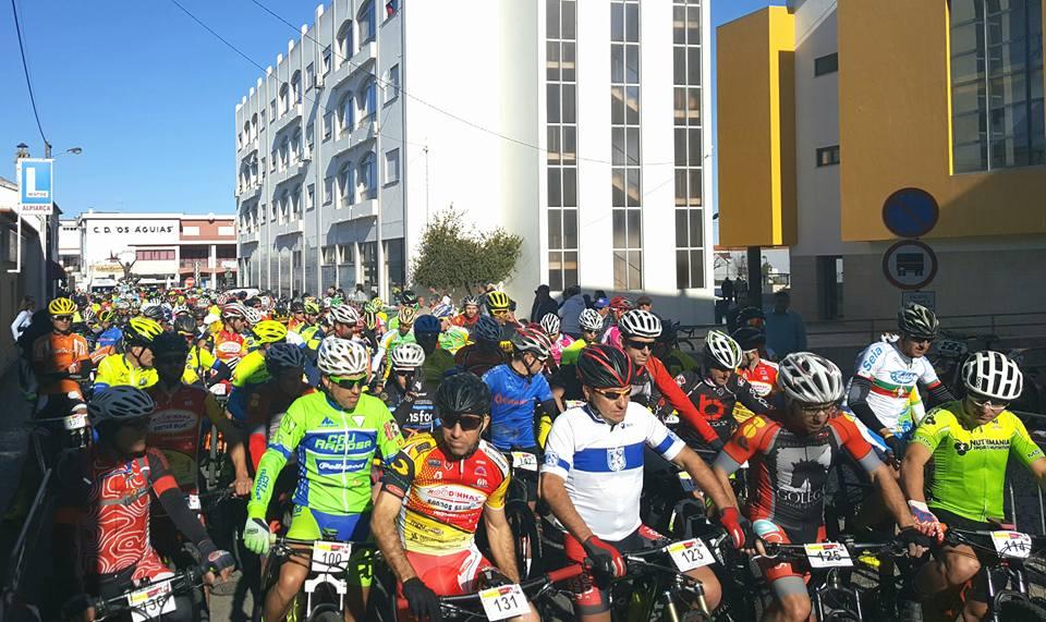 Maratona BTT pedala em Alpiarça